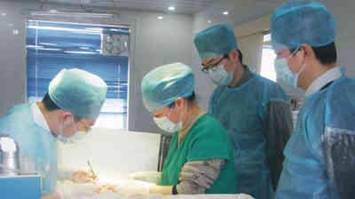天津医界同仁学习观摩阳光医院微创手术